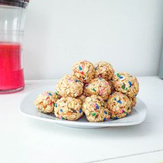 Funfetti Granola Bites        2 1/4 cups old-fashioned rolled oats      1/2 cup yellow cake mix (the dry cake mix)      1/2 cup light corn syrup (or honey)      1 tsp. vanilla      1/2 cup sprinkles (more or less, depending on your addiction to sprinkles!)    Combine all ingredients into a large bowl. Stir well, until all oats are moistened. This will take some elbow grease!    Refrigerate mixture for AT LEAST 1 hour (preferably 2 – you want the whole mixture pretty stiff and stick together…
