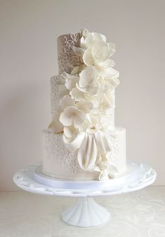 Round Wedding Cakes - Draping, ruffles, floral and piping love :)