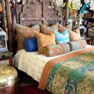 BOHO DECOR. id like only one room in my house to be boho..this is cute