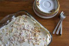 Tiramisu met limoncello: een lekkere smaakcombinatie van zoet-zure citroen met romige slagroom , kwark en mascarpone. En natuurlijk lange vingers.