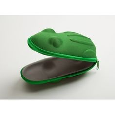 How awesome is this?? It holds sunglasses!! LOVE LOVE LOVE! All time fav animal, color and holds sunglasses!