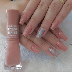 Semi-permanent varnish, false nails, patches: which manicure to choose? - My Nails Classy Nails, Stylish Nails, Trendy Nails, Square Acrylic Nails, Acrylic Nail Designs, Perfect Nails, Gorgeous Nails, Hair And Nails, My Nails