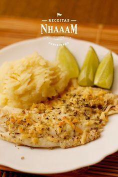 Tilápia no forno com limão e parmesão