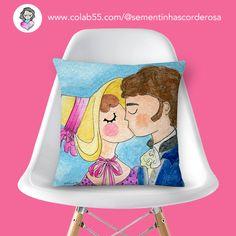 Beijinho doce em forma de almofada!!! Sementinhas Cor-de-Rosa por Carol Dib na Colab55.