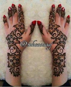 floral mahendi Latest Henna Designs, Floral Henna Designs, Finger Henna Designs, Arabic Henna Designs, Mehndi Designs 2018, Modern Mehndi Designs, Bridal Henna Designs, Mehndi Designs For Fingers, Henna Tattoo Designs