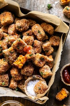 Sweet Potato Parmesan Tater Tots - made simply, oven-baked, delicious and pretty healthy too. Best autumn app, side, or game-day snack! Tater Tots, Potato Tots, Vegetarian Recipes, Cooking Recipes, Healthy Recipes, Sausage Recipes, Cooking Pasta, Cooking 101, Oven Recipes