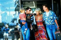 Tom Cruise, Meg Ryan, and Anthony Edwards in Top Gun Anthony Edwards, Meg Ryan, Tom Cruise, Great Movies, New Movies, Awesome Movies, Iconic Movies, Classic Movies, Top Gun Movie