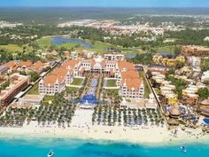 Riviera Maya resort - aerial view of beach