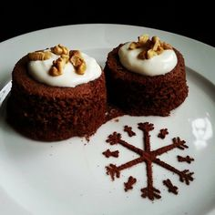 Mini gingerbreads w/ banana & honey