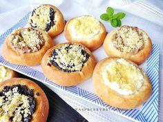 Raspberrybrunette: Hanácke koláče plnené Cooking Time, Muffin, Snacks, Breakfast, Sweet, Recipes, Food, Basket, Tapas Food