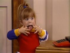 Michelle from Full House Michelle Tanner, Pink Lady, Photo Wall Collage, Picture Wall, Cute Memes, Funny Memes, Full House Michelle, Full House Quotes, Fuller House