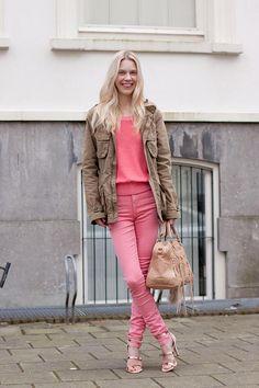 TopShop pink Jamie jeans