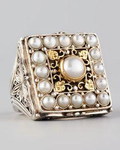Gorgeous, Konstantino Kassandra Square Ring.