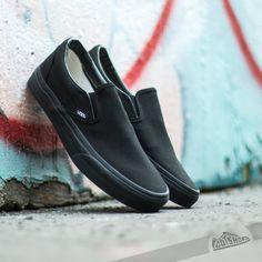 Vans Classic Slip-On Black/ Black za skvělou cenu 1 290 Kč koupíte na Footshop.cz