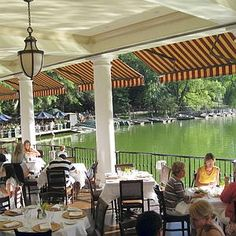 The Central Park Boathouse Restaurant: on a nice day cant beat the ambiance of this breakfast/brunch. Come experience!