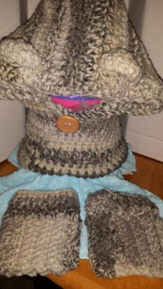 Check out this item in my Etsy shop https://www.etsy.com/listing/248173873/childs-gray-bear-cowl-and-boot-cuffs