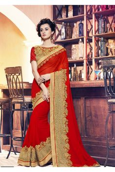 Women s Clothing - Wedding Wear Red Moss Chiffon Saree - 17955 - Products Details : Style : Party Wear Saree Size : Length Of Saree : - Wedding Wear Red Moss Ch Mehndi, Henna, Blue Silk Saree, Red Saree, Red Chiffon, Chiffon Saree, Saree Trends, Stylish Sarees, Just Dream