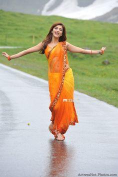 Picture featuring Shruti Haasan - Shruti Hassan on Maxim cover 2013 Photo Indian Actress Hot Pics, Indian Bollywood Actress, Bollywood Girls, Beautiful Bollywood Actress, Beautiful Girl Indian, Beautiful Girl Image, Most Beautiful Indian Actress, Beautiful Saree, Indian Celebrities