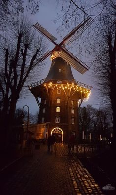 Bremen Germany one of the most picturesque cities to see in Europe! Beautiful Places In The World, Places Around The World, Travel Around The World, Around The Worlds, Amazing Places, Germany Photography, Travel Photography, Places In Europe, Places To Visit