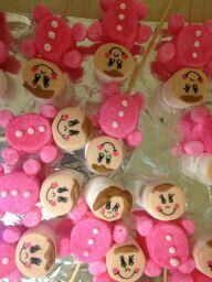 Its a girl! baby marshmallow pops. baby shower favors