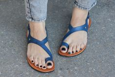 ★★★ Bangis Gisele Sandals ★★★  Our gisele sandals combine chic with comfort. It is super comfortable and light, yet has a unique style that will look