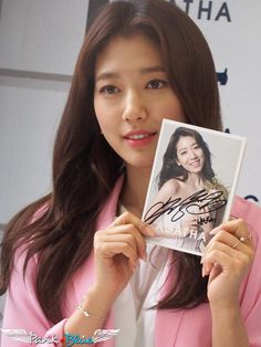Park Shin Hye | AGATHA PARIS Fan Sign Event
