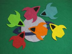 Toddler Activity - Space Ship Felt Board - Add numbers to the ships to make more educational