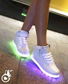 705cf98872ee2 Baskets Lumineuses Semelle LED   Grand Choix De Basket LED