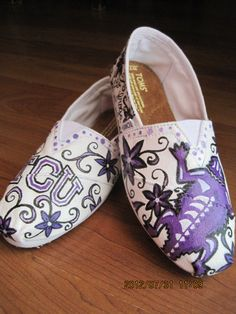 TCU Horned Frog TOMS by AmbEli on Etsy, $95.00