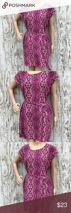 Hippy Rose Boho Geometric Dress Hippy Rose Boho Geometric Dress Size Medium  Like New Lovely print with a casual loose belted look Love❤️ Hippy Rose Dresses