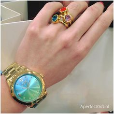 Het Multicolor horloge van LOISIR heeft een unieke wijzerplaat met een prachtige kleurencombinatie.