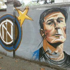 #streetart #graffiti #art #street #capitano #jz4 #zanetti #fcim #inter #club #wall #tag #design #nerazzurro #paint #graff #draw