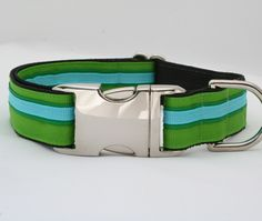 If It Barks - Peacock Dog Collar, $25.95 (http://www.ifitbarks.com/products/peacock-dog-collar.html)