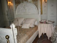 Bedroom at Villa Ephrussi de Rothschild - Google Search