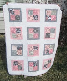 Toddler girl quilt by Hey Diddle Diddle Woolies, via Flickr