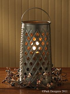 Colonial Lighting - Lamps - Saltbox Primitives