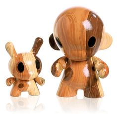 Custom Dunny and Munny. I can't get enough wood grain.
