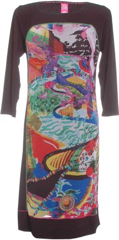 Kali Orea multicoloured dress - the pattern is framed with black - neck, sleeves and at the bottom. A timeless dress you can wear to any occasion day or night.