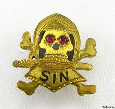SIN SKULL PIN Mystery fraternity Secret Society BADGE