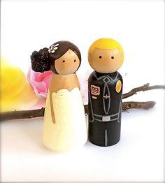 Police Officer Wedding Cake Topper Bride por CreativeButterflyXOX