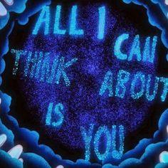 Coldplay lanza All I Can Think About Is You. All I Can Think About Is You se desprenderá de su nuevo EP Kaleidoscope que saldrá el 14 de julio en digital y el 4 de agosto en cd y vinyl. El nuevo single de Coldplay ha sido estrenado el 15 de junio junto con un hipnotizante lyric video.