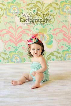 First birthday baby girl.  Birthday hat. Debby Ditta Photography Tomball Texas: Happy First birthday