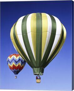 Great Art Now - Green Hot Air Balloon Canvas Wall Art