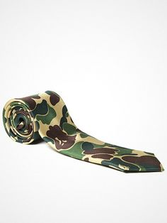 2012.11.17. A staple of every Mr. Bathing Ape collection, this premium woven silk tie features a ABC Print Bape Camo pattern, adding a subtle streetwear aspect to classic tailoring.