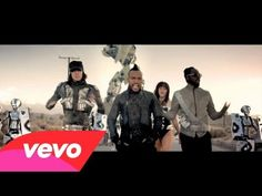 Music video by Black Eyed Peas performing Imma Be Rocking That Body. Watch this video with lyrics at http://www.vevo.com/watch/black-eyed-peas/imma-be-rocking-that-body/USUV71000250?l=1