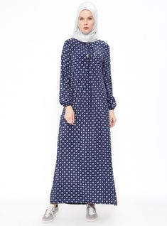 Abaya Fashion, Modest Fashion, Fashion Dresses, Estilo Abaya, Moslem Fashion, Fancy Kurti, Modele Hijab, Viscose Dress, Muslim Dress