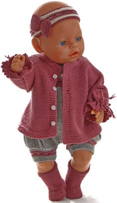 Knitting for american girl dolls - What a beautiful outfit for your doll! Knitting Dolls Clothes, Baby Doll Clothes, Knitted Dolls, Doll Clothes Patterns, Clothing Patterns, Baby Cardigan Knitting Pattern Free, Knitting Patterns Free, Baby Barn, All American Girl