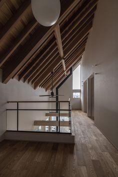 #勾配天井 #薪ストーブ #さらし Stairs, Home Decor, Stairway, Decoration Home, Room Decor, Staircases, Home Interior Design, Ladders, Home Decoration