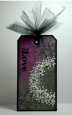 Beautiful tag using 'Sweet Poppy Stencil'