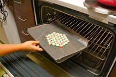 baking peppermint plate. These turn out so cute and pretty, makes a great plate to give Christmas cookies away on :)